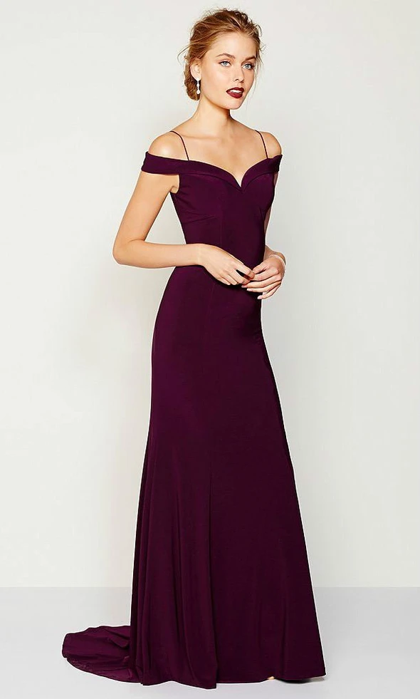 Evening Gowns Formal Dresses For Women Poofy Ball Gowns In 2020 Burgundy Gown Mismatched Bridesmaid Dresses Evening Gowns