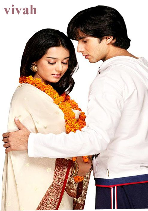 The Family Movie Vivah A Tribute To Indian Traditions Amrita Rao Wedding Movies Bollywood Movie