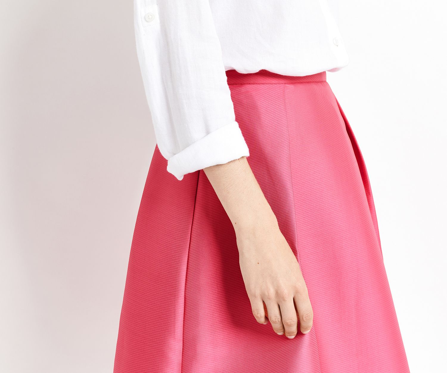Oasis, SATIN TWILL MIDI SKIRT Bright Pink