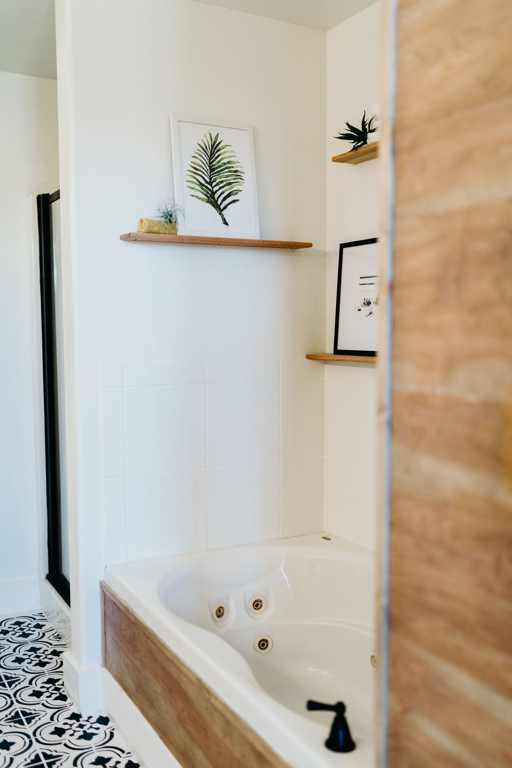Airbnb | Pinterest | Master suite bathroom, Jacuzzi tub and Jacuzzi