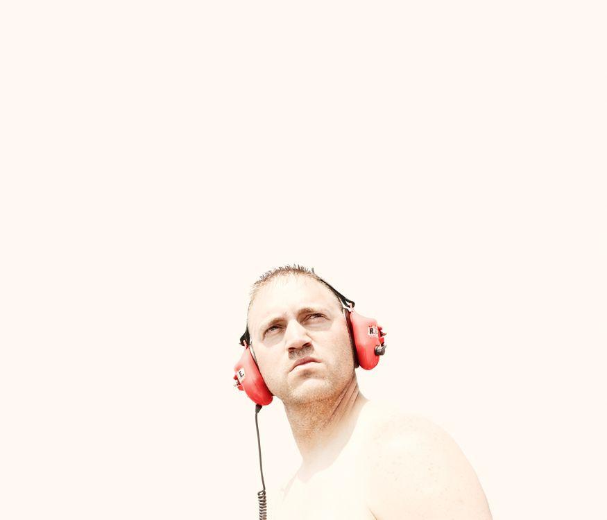 http://www.docubyte.co.uk/files/gimgs/30_headphones.jpg