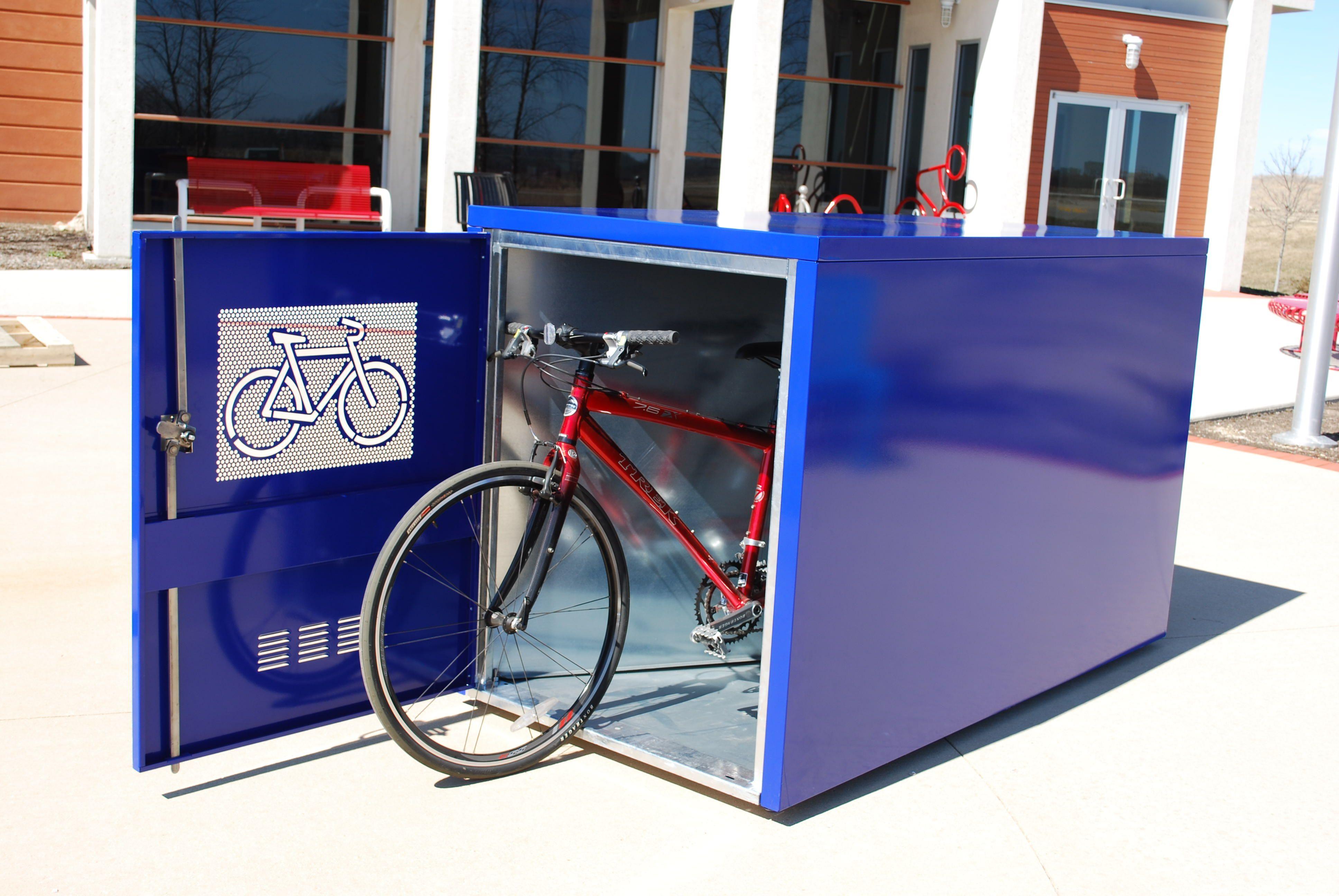 Madrax Madlocker Bike Locker A Great And Durable Way To Store