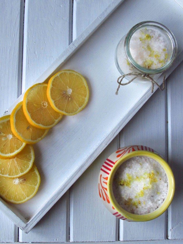 Herrlich frisches Zitronensalz - schon der Geruch lohnt den Aufwand!