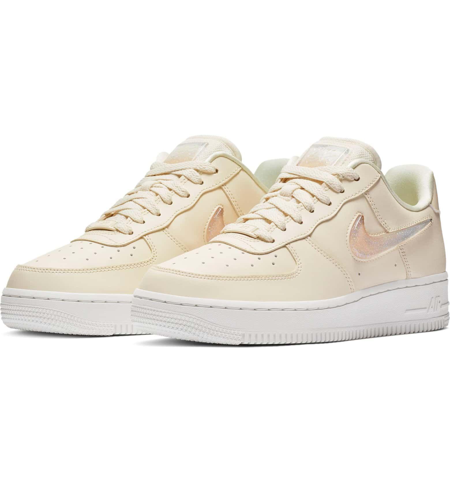 Nike Air Force 1 07 SE Premium Pale Ivory | HYPEBAE