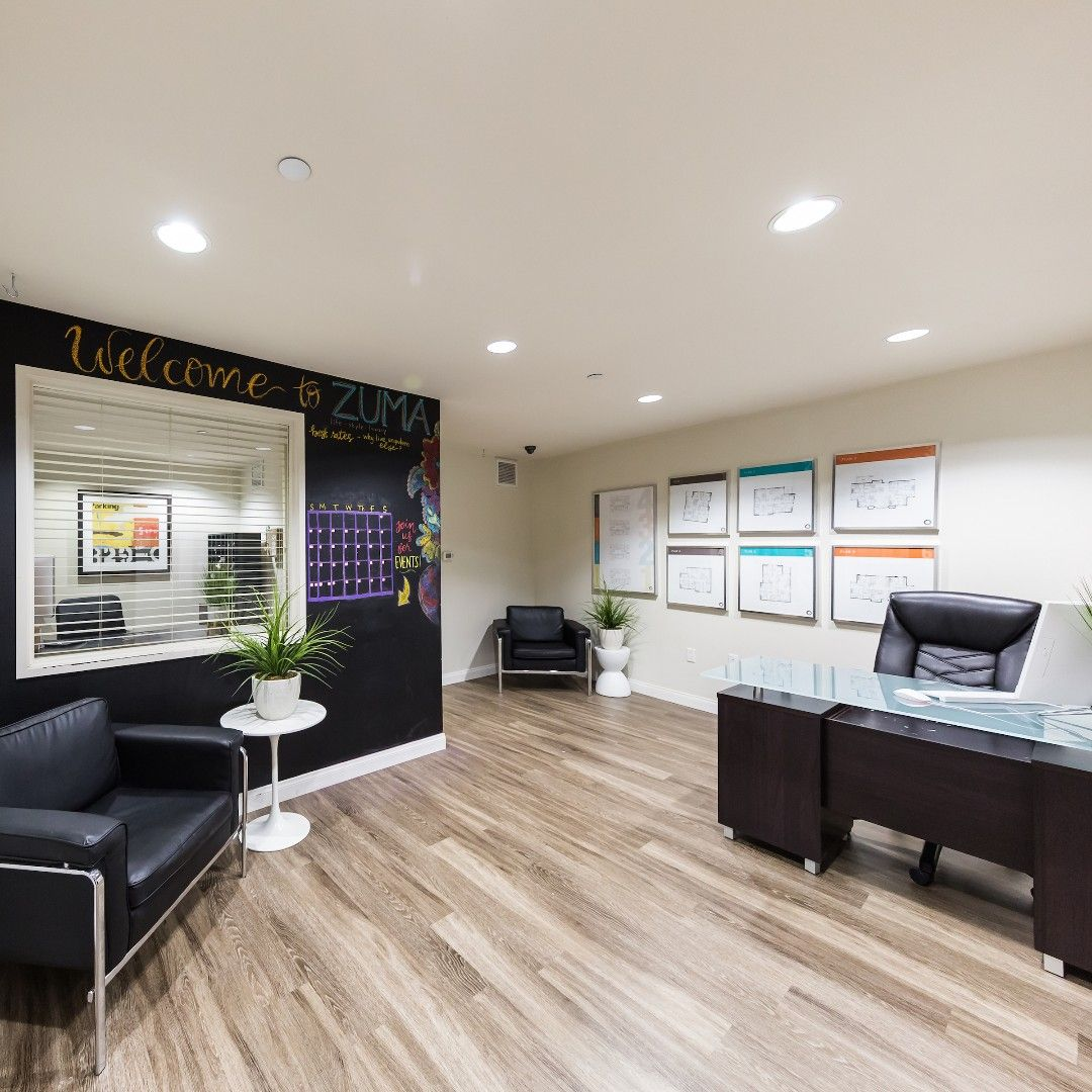 Stop By The Zuma Student Housing Leasing Office For Specials And Promos Student House Student Apartment House
