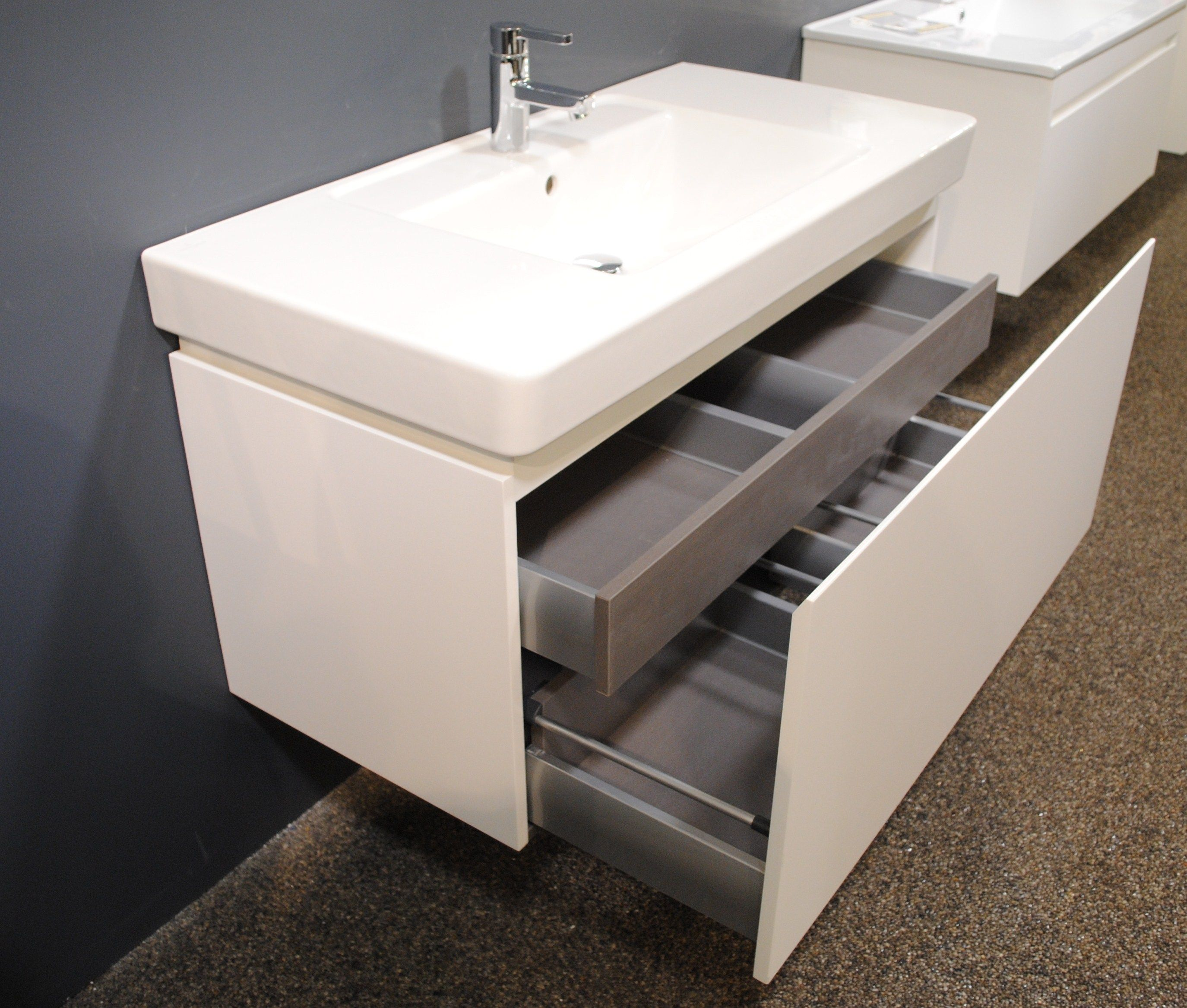 sink htsrec size with photos elegant for looking vanity vanities and sinks of small full bathroom com space lovely