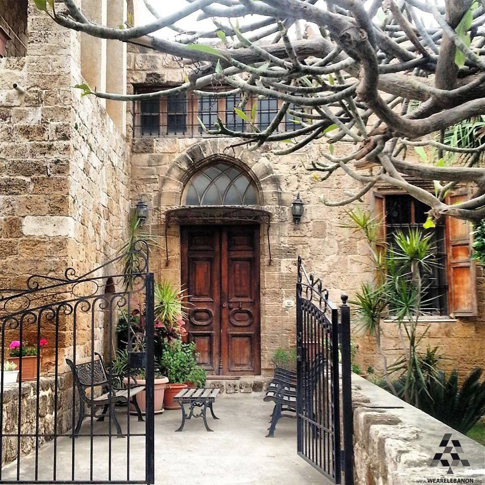 A Beautiful Old House In Byblos بيت عتيق من بيوت جبيل By