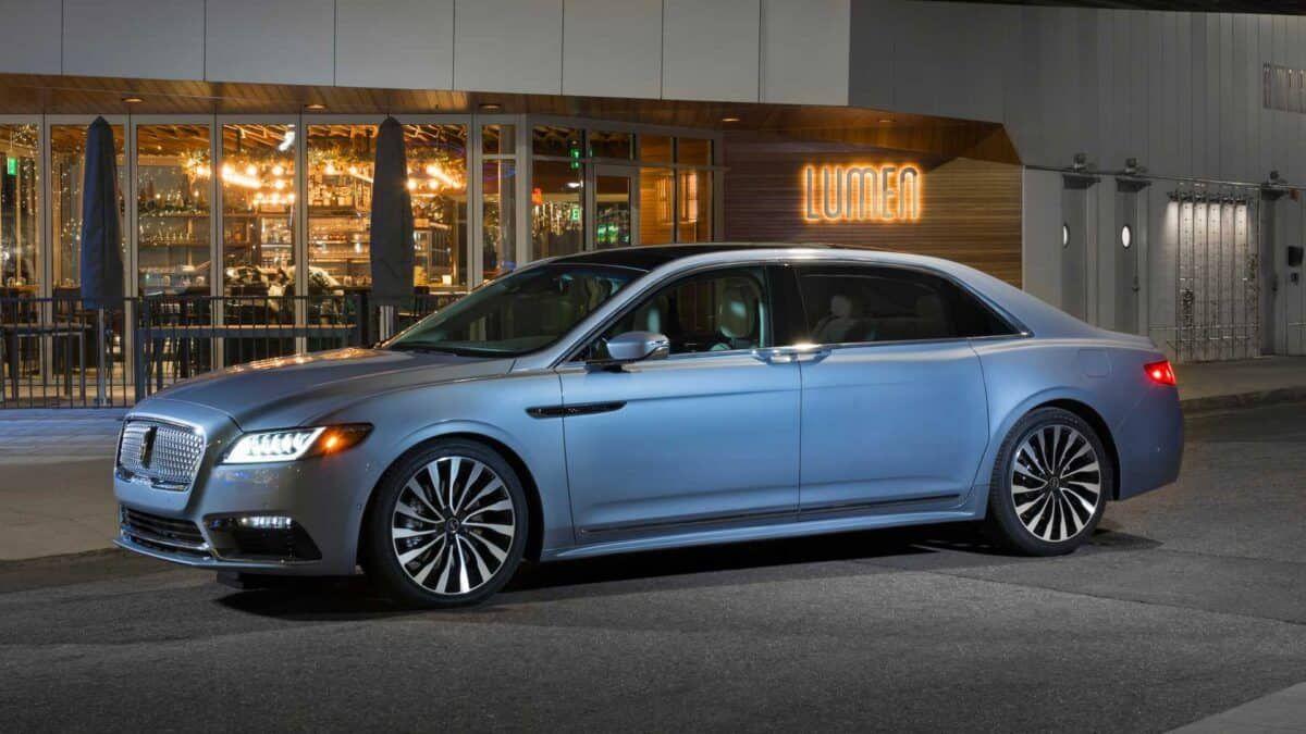 Oficial! O Lincoln Continental é uma vitima dos SUVs