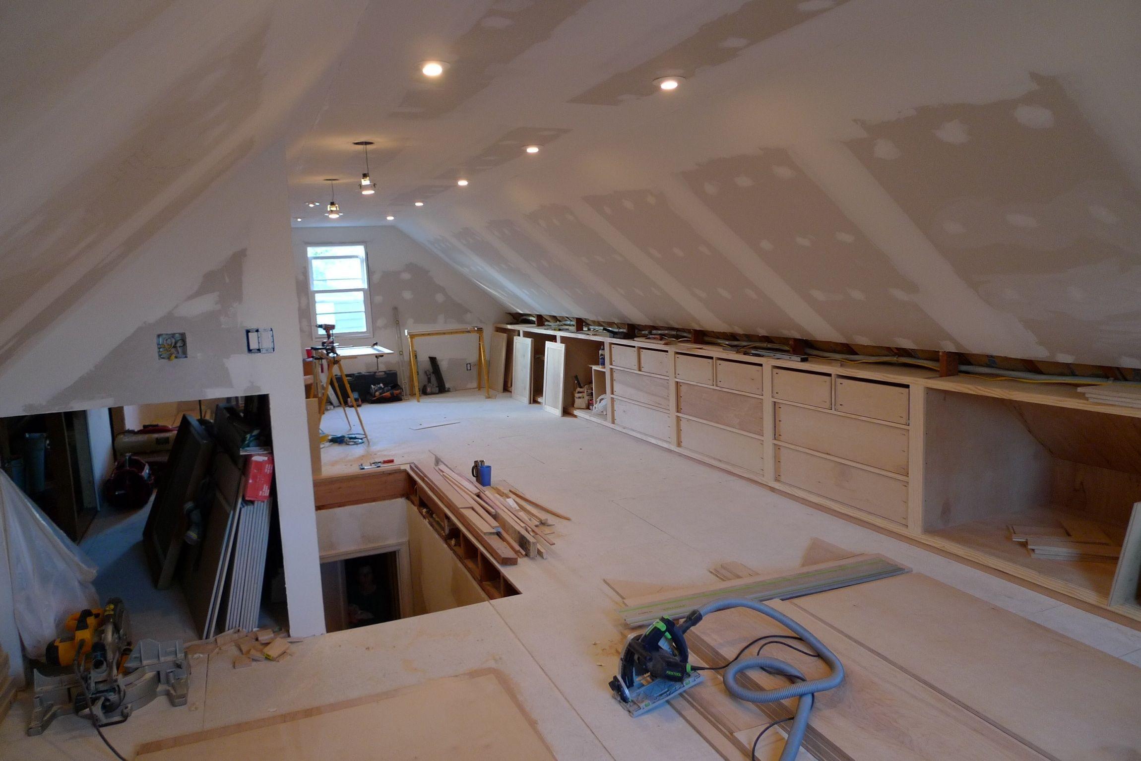 Attic Bedroom Design and Décor Tips   Attic bedroom storage, Attic ...