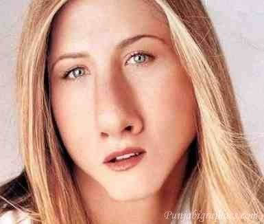 oh god, why would anyone do this to jennifer aniston..