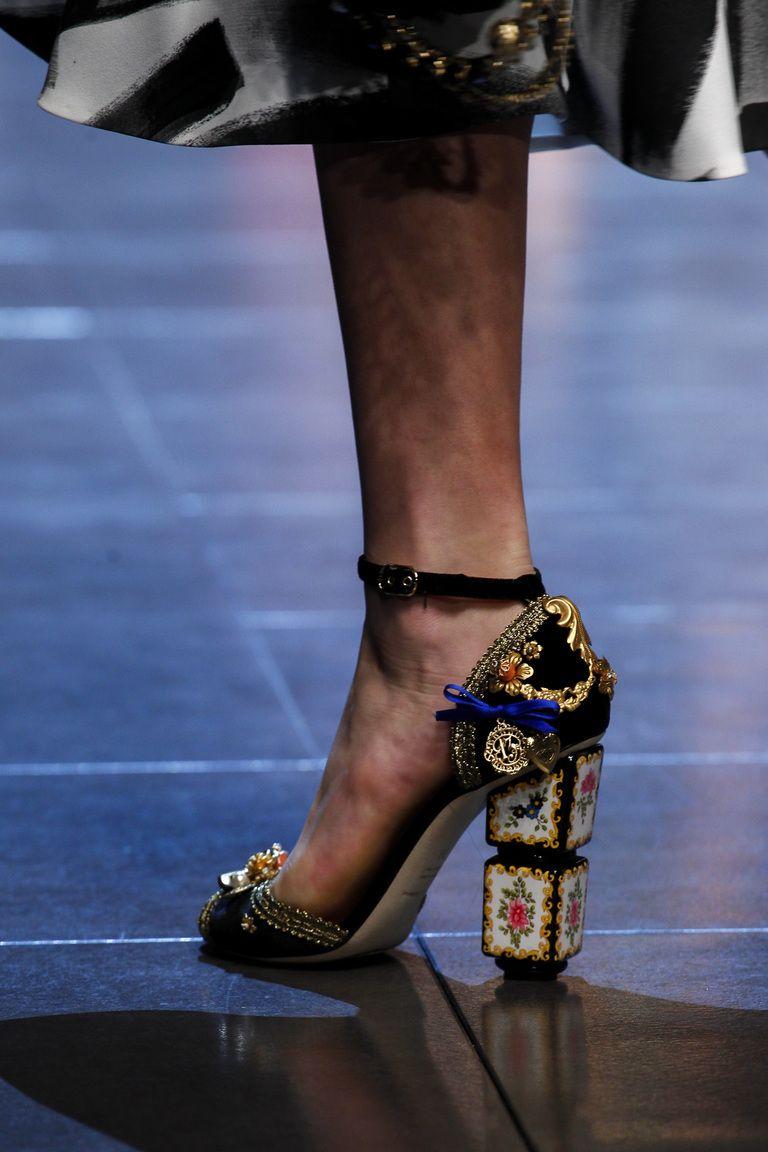 pimpandhost rika. Модная обувь 2016 – фото новинка в коллекции Dolce & Gabbana
