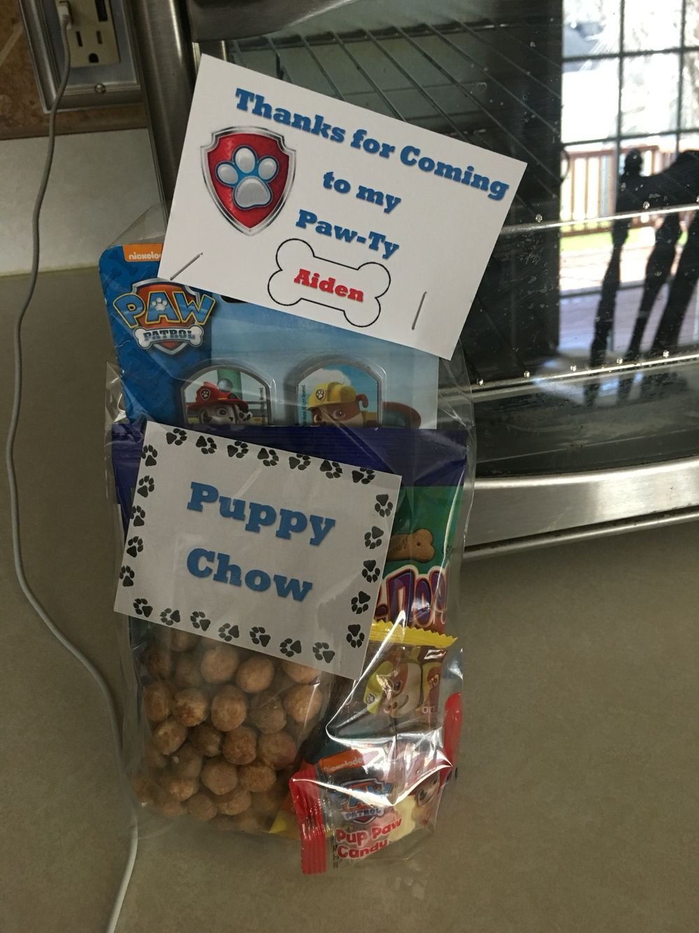 Paw patrol party favors. Reese puff cereal for puppy chow