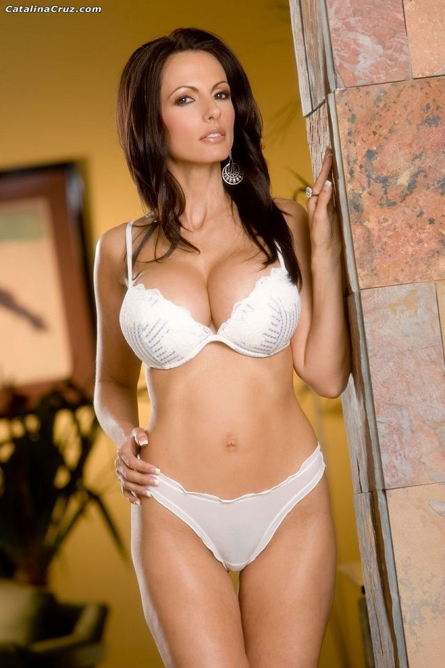 Catalina Cruz | CATS @ COUGARS | Pinterest | White ...