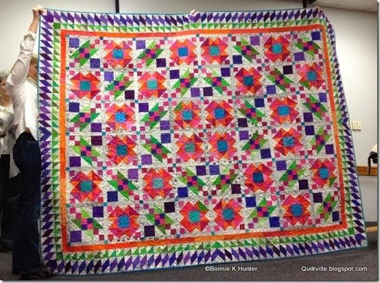 My Lazy Sunday quilt shown at the West Houston Quilters Guild ... : lazy sunday quilt pattern - Adamdwight.com