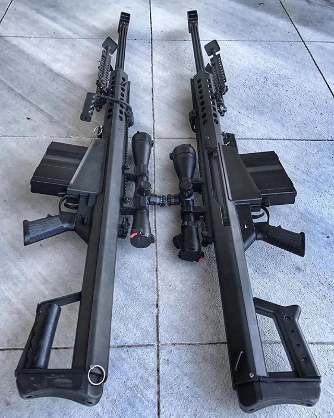 2,415 отметок «Нравится», 7 комментариев — Lifestyle_Gear (@lifestyle_gear) в Instagram: «#Repost @gunsdaily ・・・ 📷 @madisonarms | One for each hand.. M82A1 & M107 @barrett - - #america…»