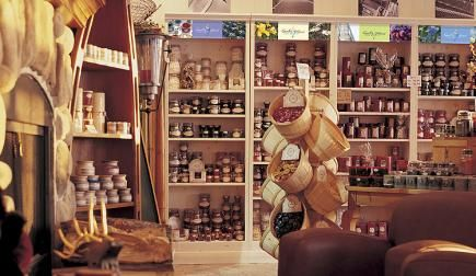 Country Home Candle Merchandising
