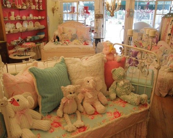 Shabby Chic Bath Decor Design, Pictures, Remodel, Decor and Ideas - page 89
