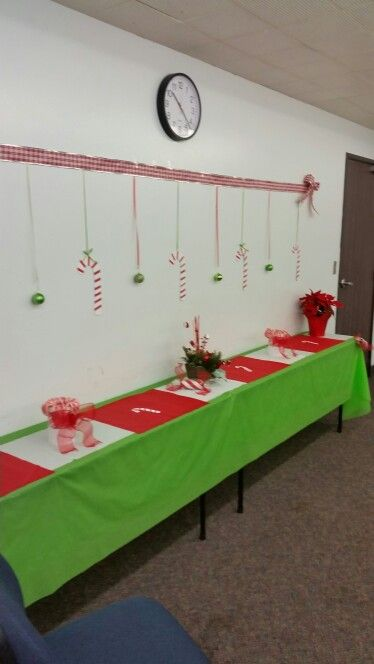 Diy Conference room Christmas decorations Interior