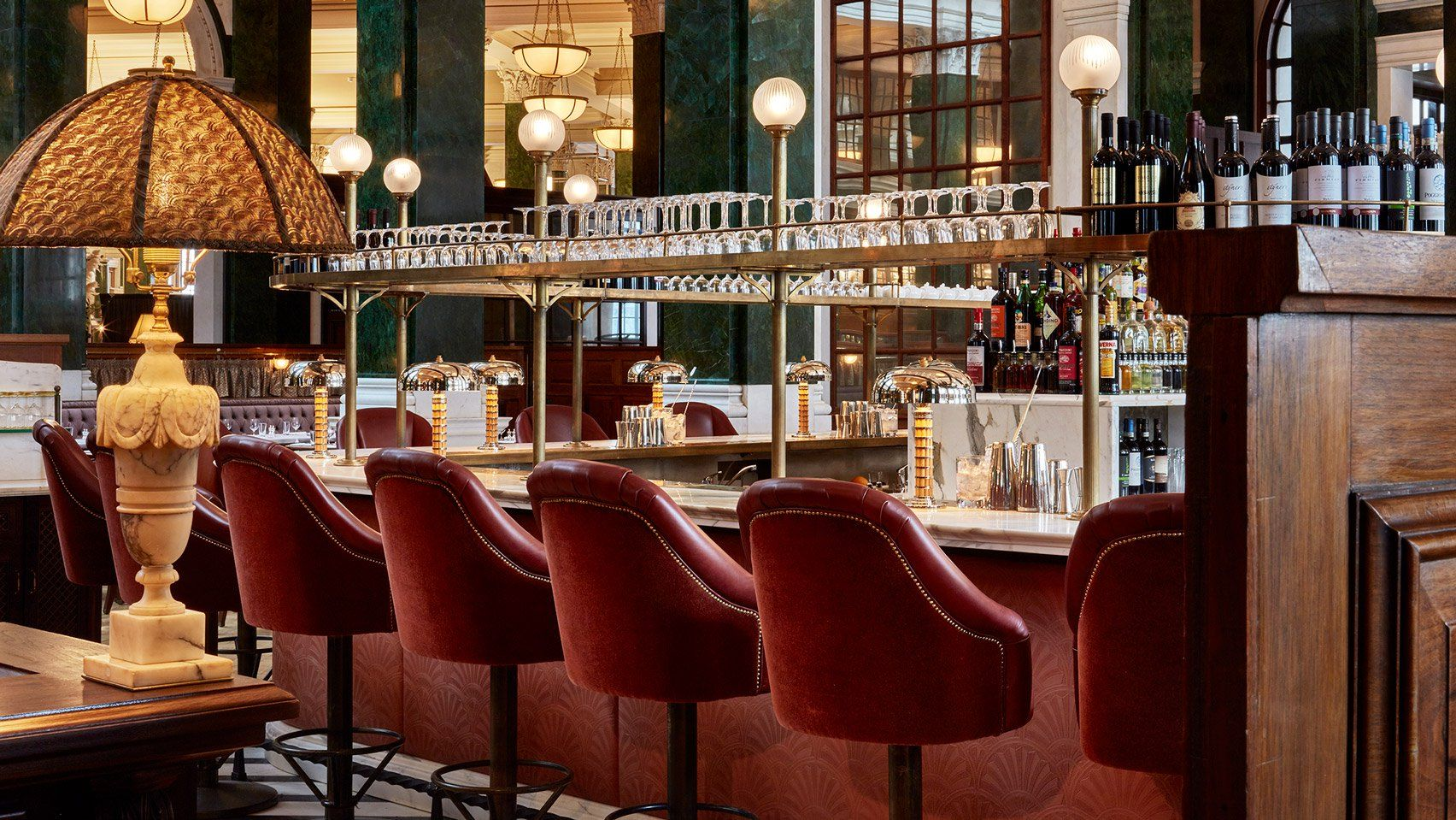 Edwin Lutyens Midland Bank Building In London Has Been Converted Into A Lavish Hotel And Members Club By Soho House Co And The Sydell Group Luxury Hotel Design Luxury Bar