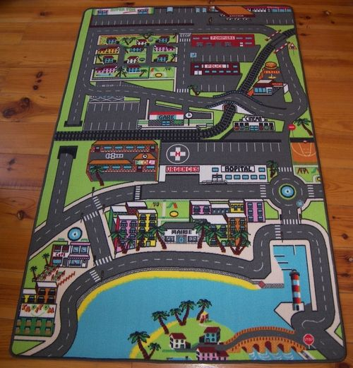 tapis de jeu pour enfant circuit de voiture dans la ville. Black Bedroom Furniture Sets. Home Design Ideas
