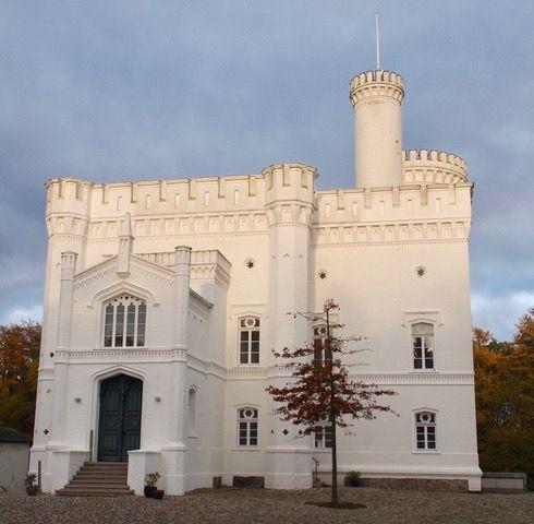 Blomenburg In Selent Jagdschloss Schloss Schlosspark Kindertour De Selenter See Technologiezentrum Schloss Salzau Hirsche Wal Ausflug Ostsee Strand Schlosspark