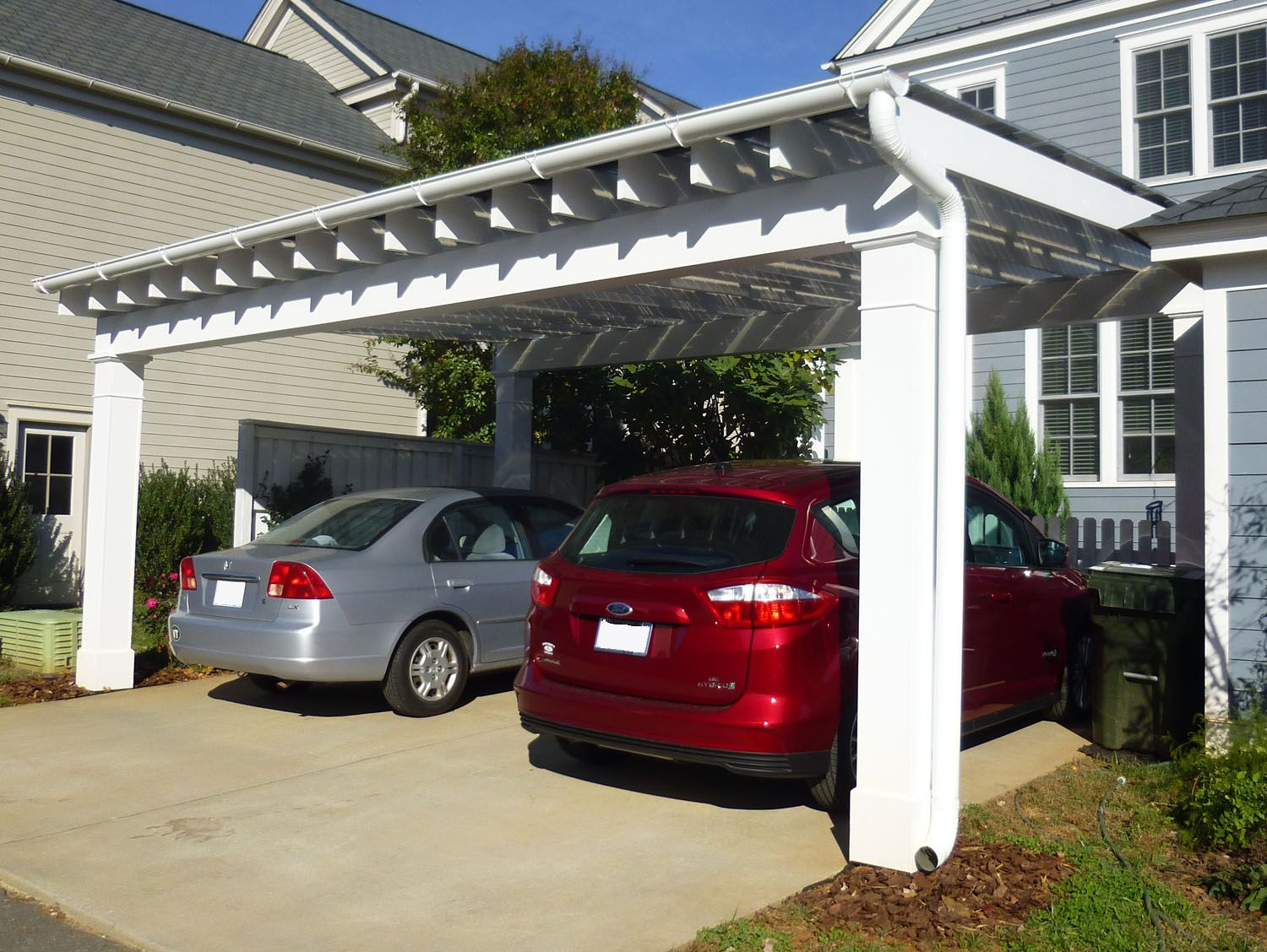 Solar carport finished and commissioned green