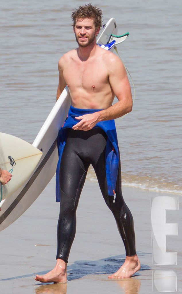 These Photos Of Liam Hemsworth Are Making Us Thirsty -1337