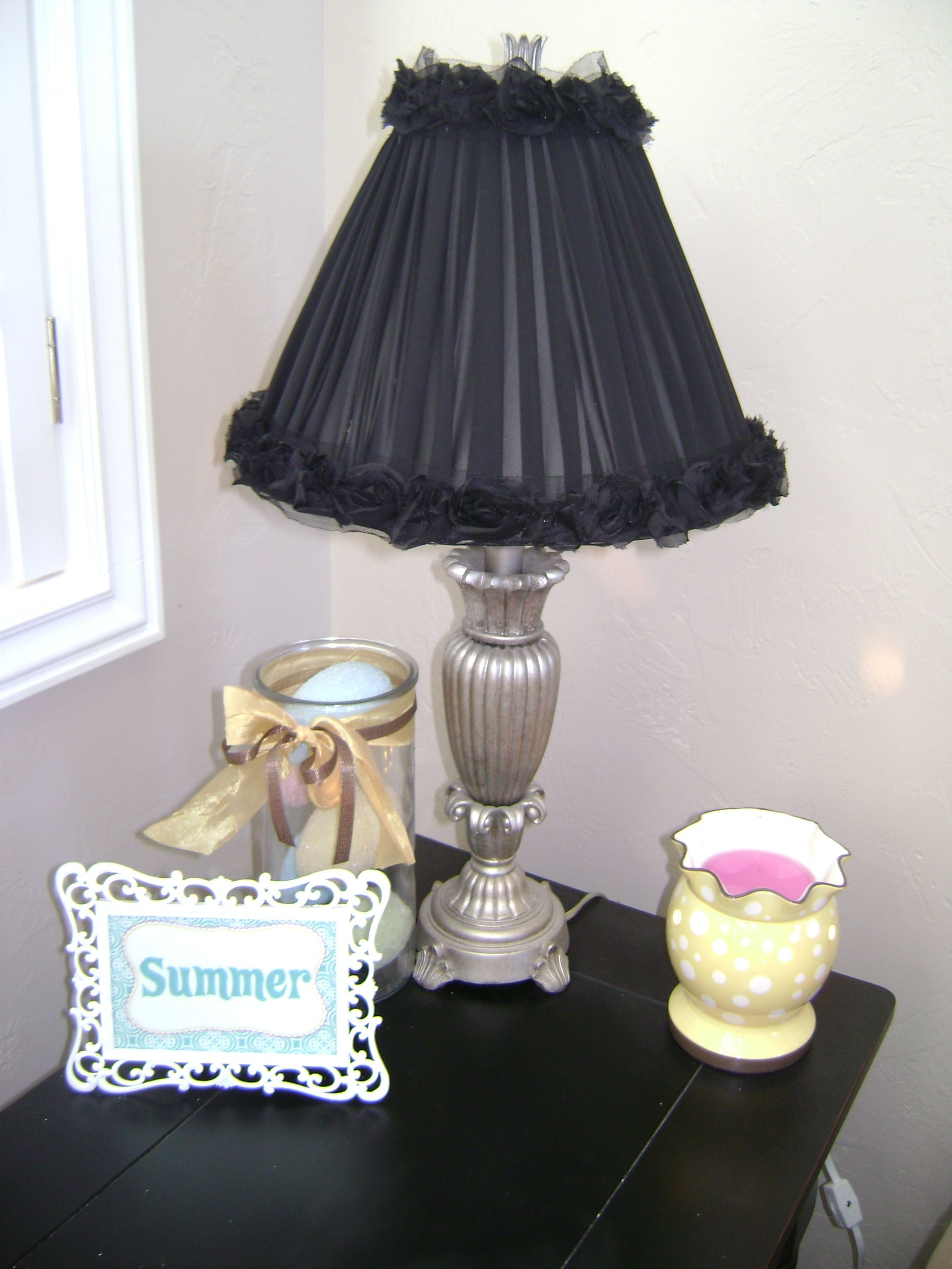 How to redo a lamp shade Lamp shade crafts, Shabby chic