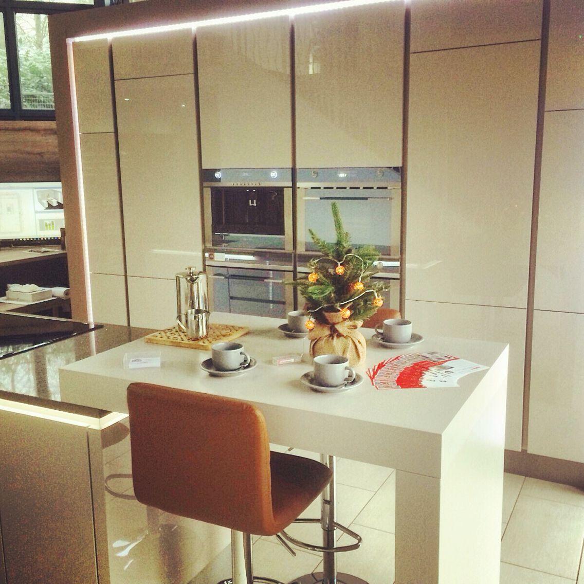 Germankitchen Nobilia Interior Design Kitchens Based In Kirkintilloch Glasgow Christmastree Smeg Kitchenappliance Bar Stool
