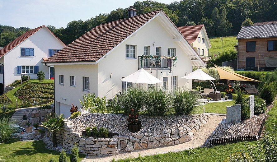hanglage haus swisshaus architektur pinterest h uschen g rten und au enanlagen. Black Bedroom Furniture Sets. Home Design Ideas