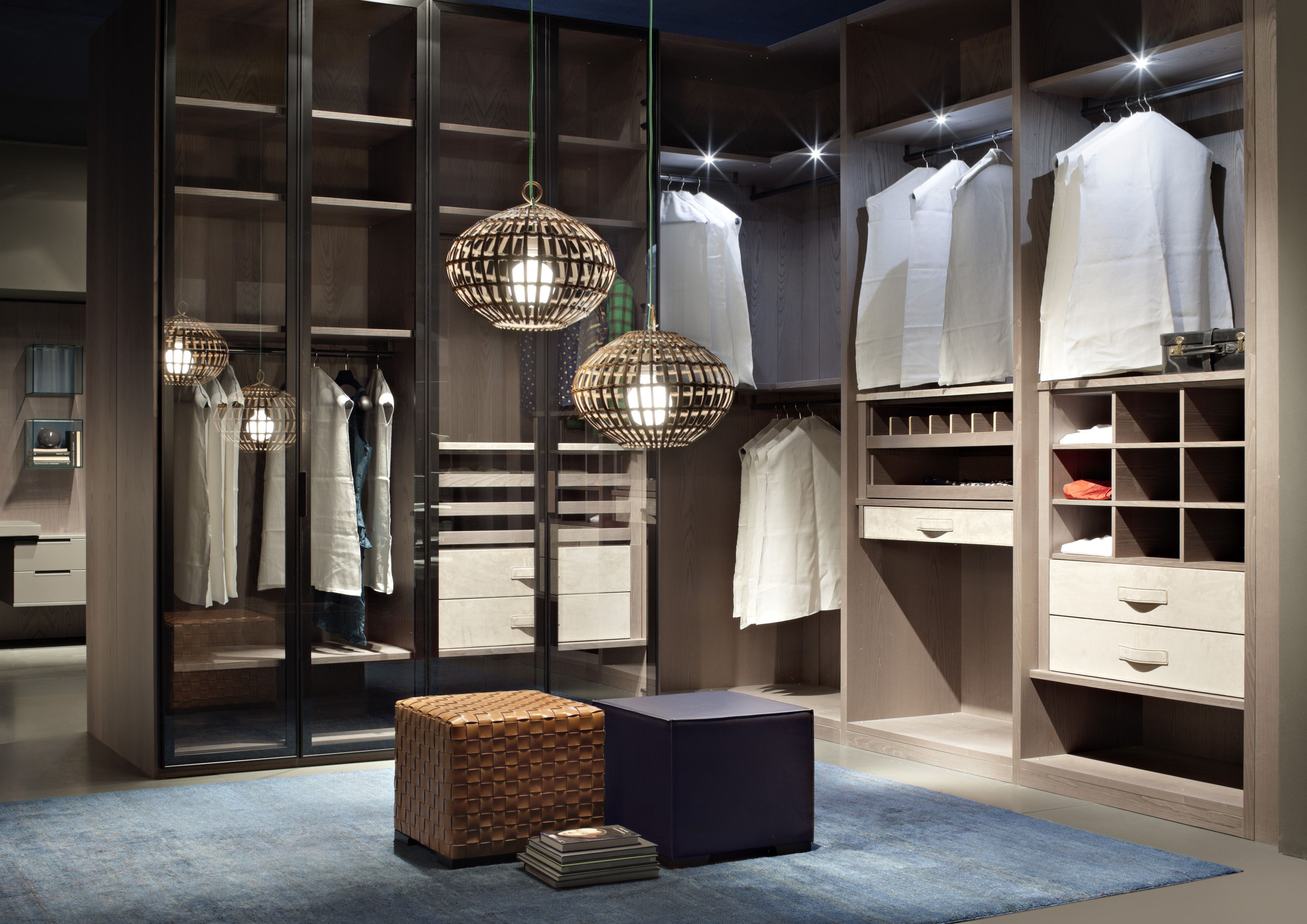 Cabina Armadio Walk In Closets : Atlante walk in closet in stained ash with nabuk leather