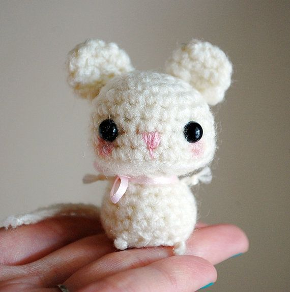 25% Off Sale - White Mouse - Kawaii Mini Amigurumi