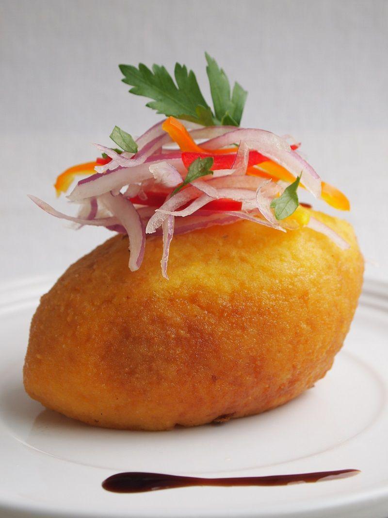 Papa rellena peru foods pinterest peruvian recipes snacks papa rellena is one of my favorite peruvian dishes its satisfying bursting with flavor and you can have it as an appetizer or entre forumfinder Images