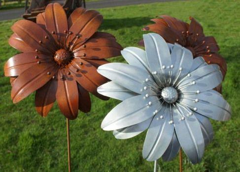 Awesome Amazing Metal Garden Flowers #7 Large Metal Flowers Garden Art ..