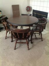 Ethan Allen Antique Old Tavern Pine Round Table 1 Leaf 4 Chairs