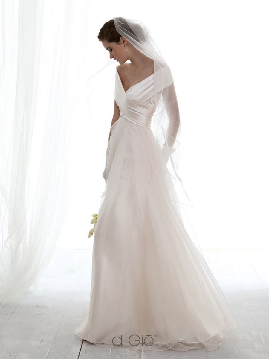 CL 44 | Cl, Wedding dress and Wedding