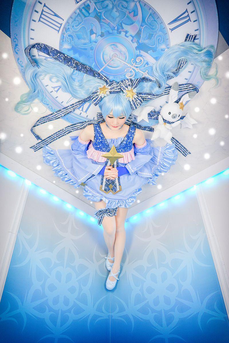 初音ミク (VOCALOID) Snow Miku cosplay