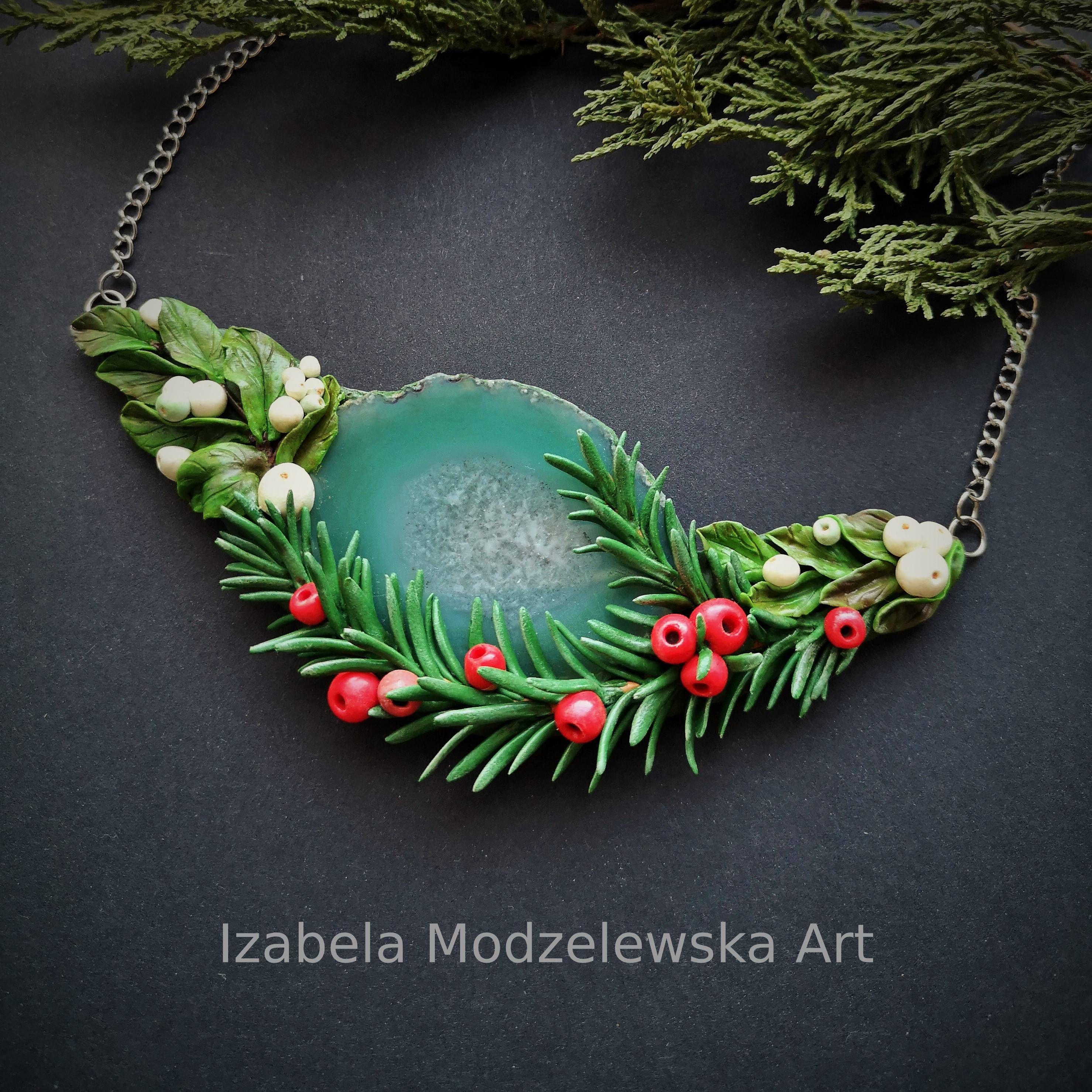 fuchsia SNOWBERRY bracelet