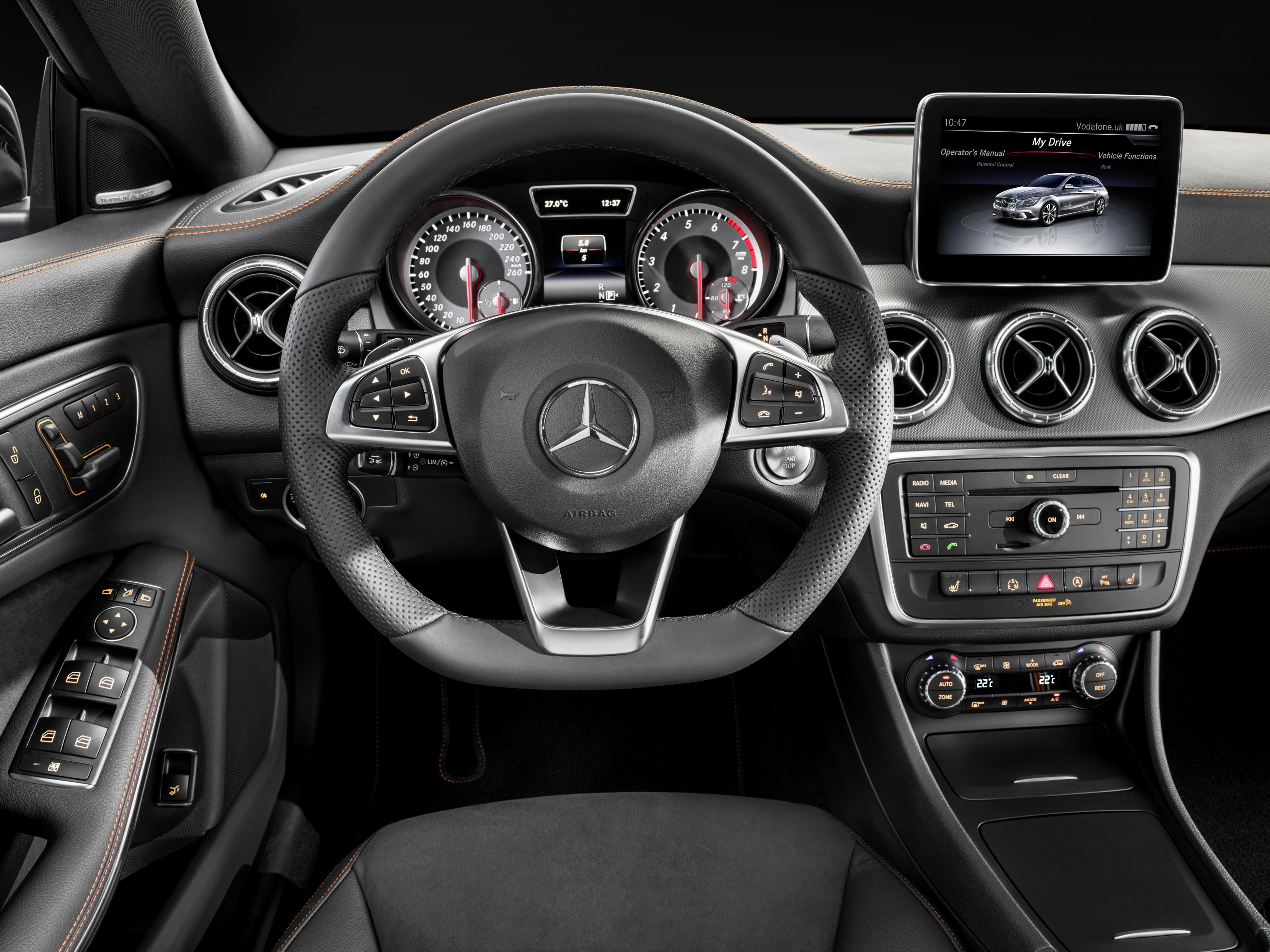 Mercedes Benz Inside Car Mercedes Benz Cla 250 Mercedes