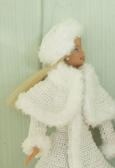 Barbie en manteau reine des neiges barbies dressing - Barbie reine des neiges ...