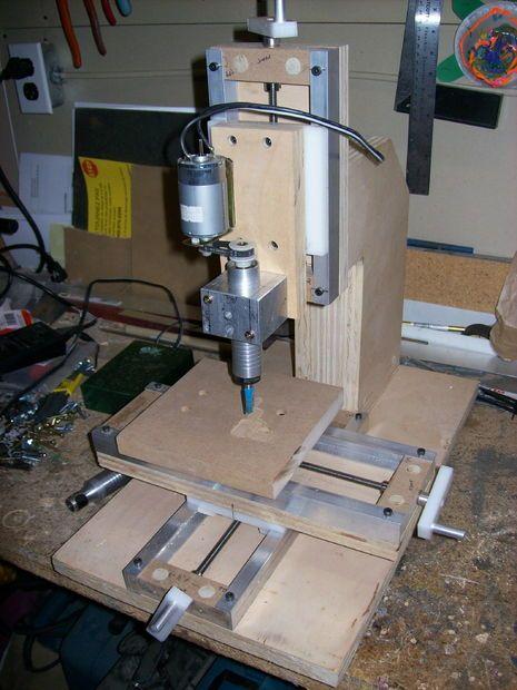 how to make a mini milling machine manual or cnc fraiseuse bois et bois. Black Bedroom Furniture Sets. Home Design Ideas