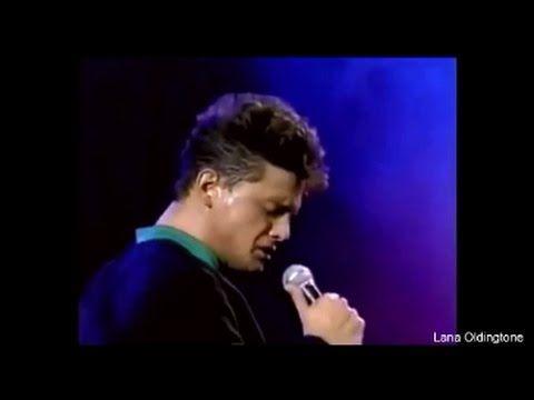 Luis Miguel - Improvisación Tengo todo excepto a ti. Simplemente genial