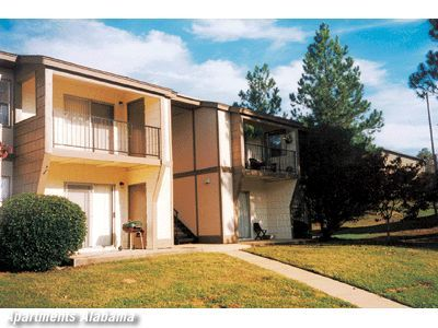 Spacious 1, 2 U0026 3 Bedroom Apartments. High Country Apartments, Tuscaloosa,  Alabama
