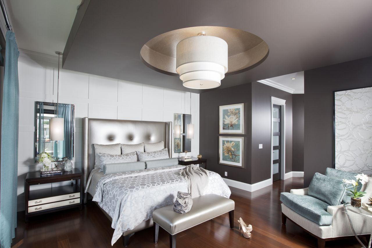 Master bedroom feature wall  Grey u silver master  love the mirrors u pendants over the side