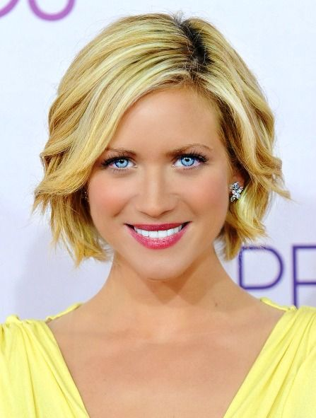 Brittany Snow @Brittany Snow