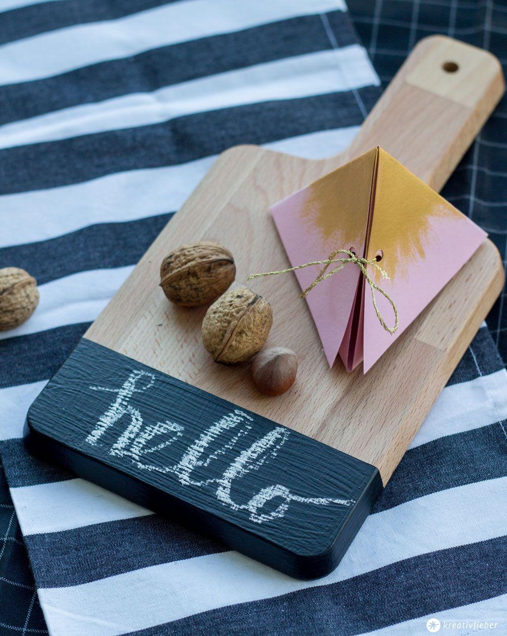holzbrettchen mit tafelfarbe schnelles mini diy diy pinterest. Black Bedroom Furniture Sets. Home Design Ideas