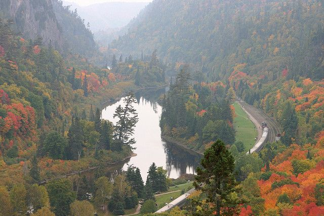 Agawa Canyon Lookout by Loimere, via Flickr