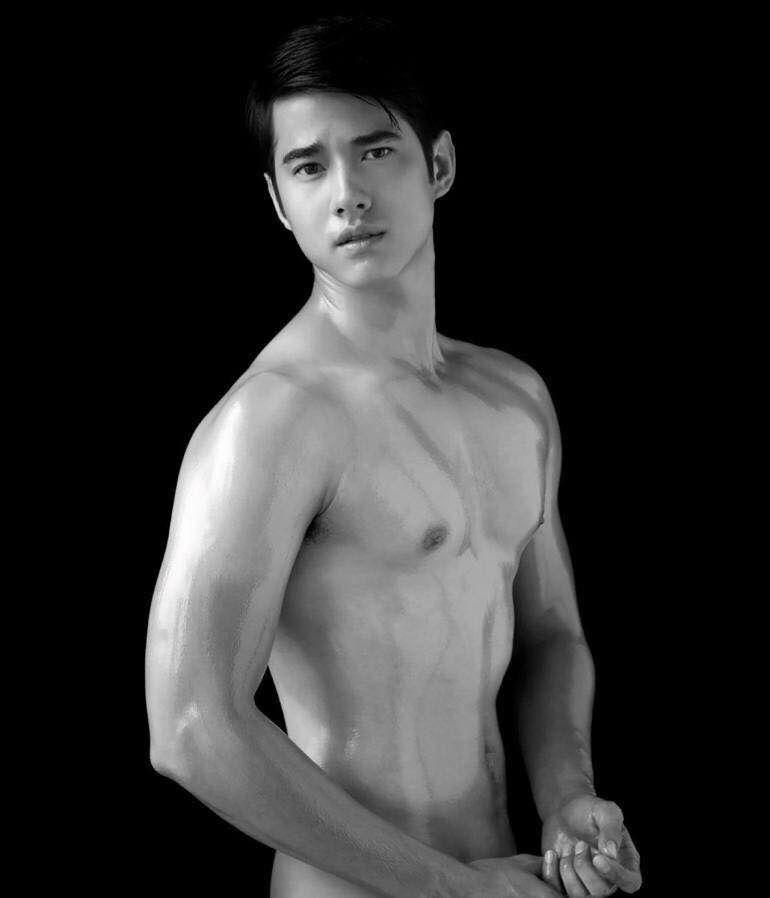 Nude Fake Photo Of Mario Maurer