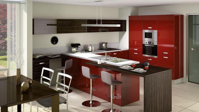 Cuisine ouverte Light par Cuisinella, laquée rouge    wwwm
