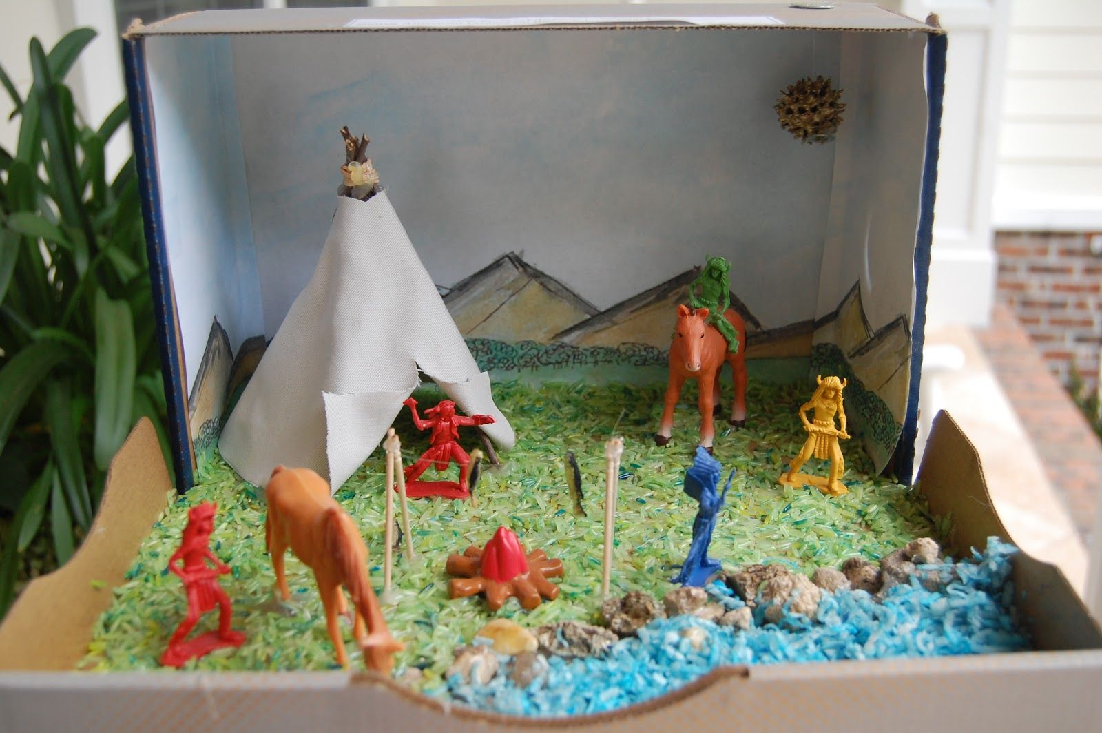 She who delights shoebox dioramas projects pinterest for What crafts did the blackfoot tribe make